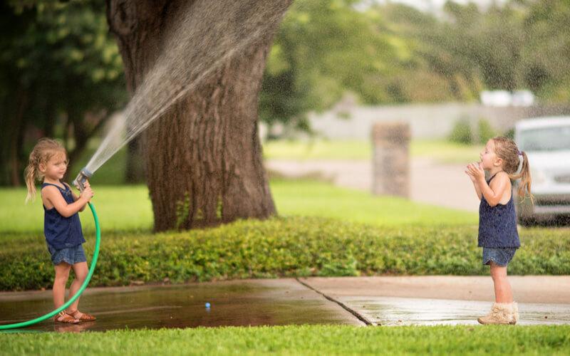 Cómo enseñar a tus pequeños a cuidar el agua